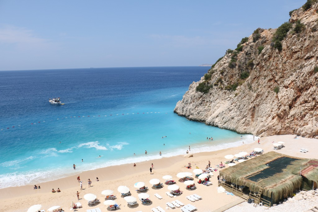 """Turkey & Greece """"Couchsurfing stress, magnificent island of Kasterollizo and the savior from the campsite"""""""